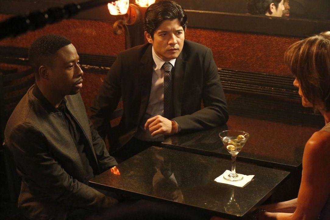 Lee (Jon Foo, M.) und Carter (Justin Hires, l.) müssen einen neuen Fall aufdecken und stoßen dabei auf die Quantou. Um diese aufzuhalten, brauchen s... - Bildquelle: Warner Brothers