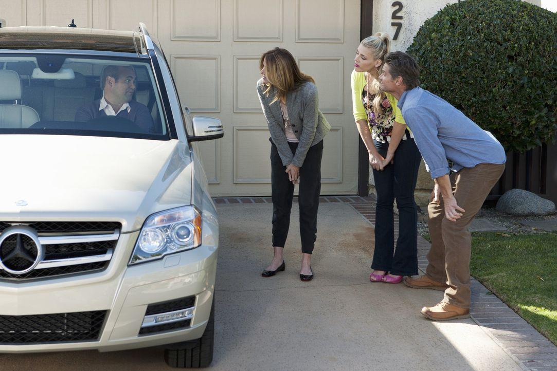 Laurie beschließt, dass es so wie früher im Kinderheim eine Ratsrunde geben sollte, die über die jeweilige Strafe für den anderen entscheidet. A... - Bildquelle: 2010 ABC INC.