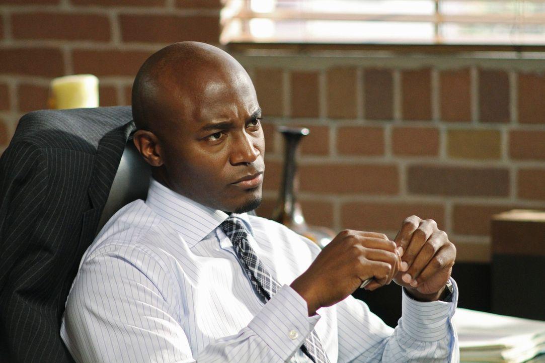 Gerät mit Addison in Streit, wegen einer Patientin: Sam (Taye Diggs) ... - Bildquelle: ABC Studios
