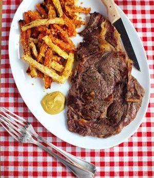 Steak mit Pommes aus Wurzelgemüse