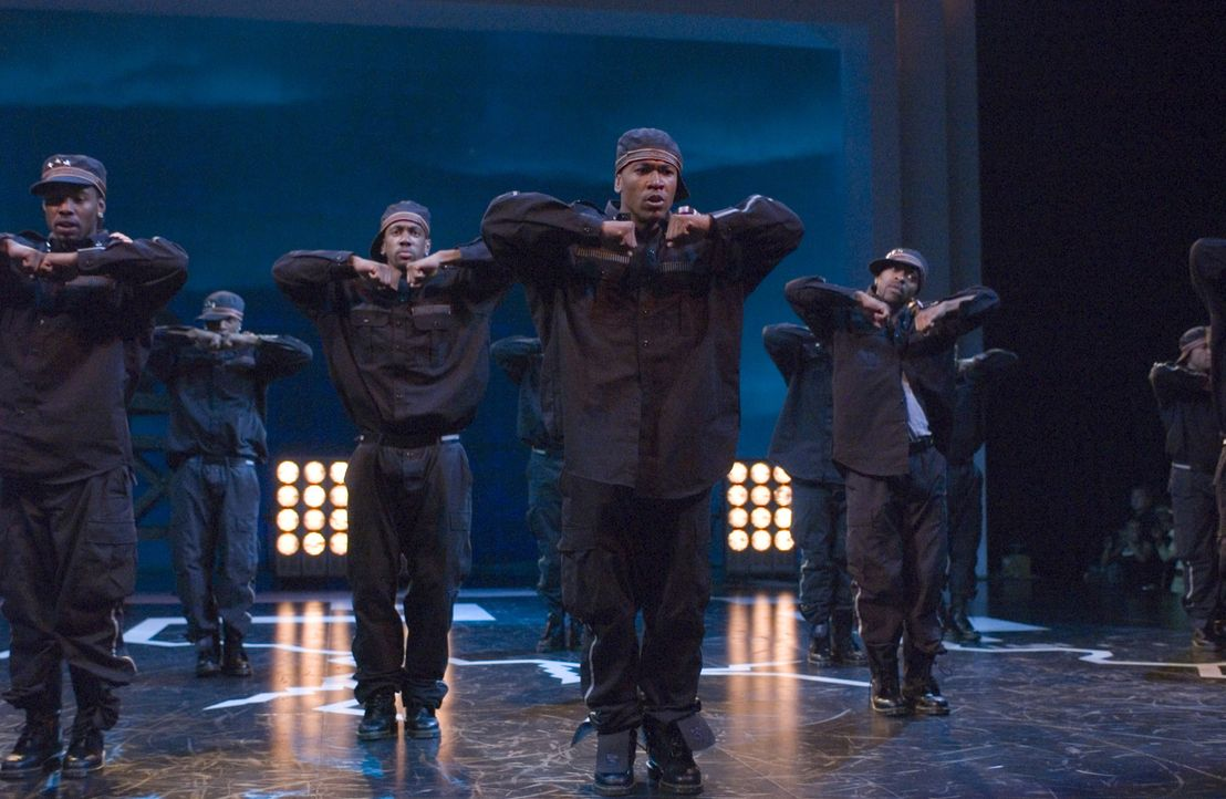 """Der 19-jährige DJ (Columbus Short, M.) will nicht nur bester Tänzer des Campus werden und an der """"National Step Show Competition"""" teilnehmen, sonder... - Bildquelle: 2007 CPT Holdings, Inc. All Rights Reserved. (Sony Pictures Television International)"""