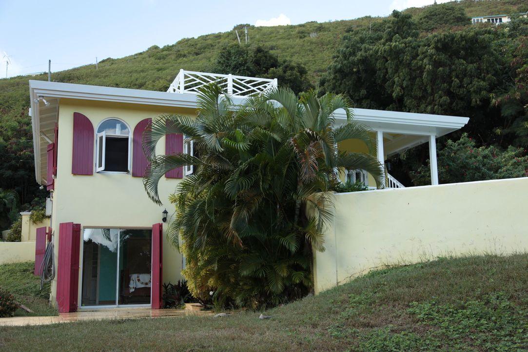 Nachdem Jay und Barbara auf der Insel St. Croix geheiratet haben, wollen sie auch weiterhin schöne Erinnerungen dort sammeln und begeben sich auf di... - Bildquelle: 2014, HGTV/Scripps Networks, LLC. All Rights Reserved.
