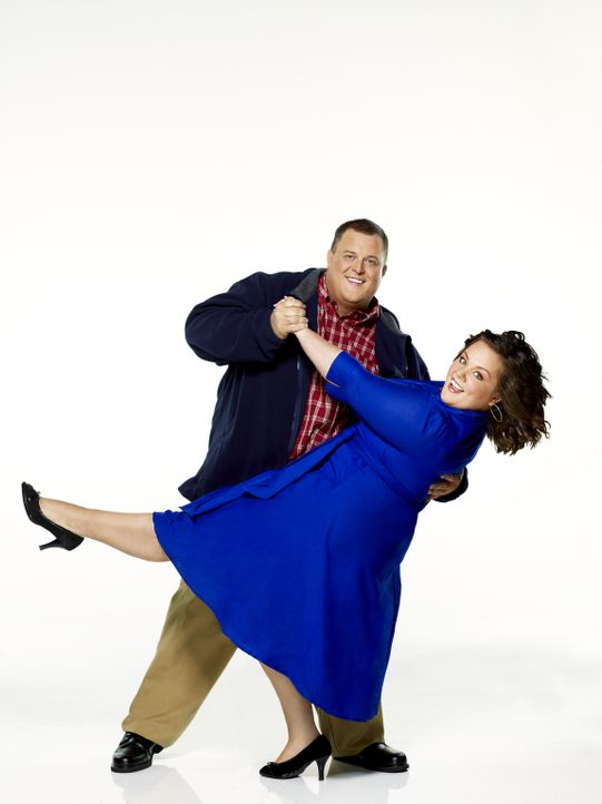(1. Staffel) - Molly Flynn (Melissa McCarthy, r.) und Mike Biggs (Billy Gardell, l.) liegen auf der gleichen Wellenlänge ... - Bildquelle: 2010 CBS Broadcasting Inc. All Rights Reserved.