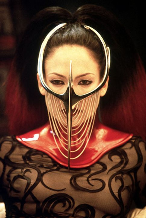 Um das Gehirn eines Serienkillers im Koma knacken zu können, muss Psychologin Catherine (Jennifer Lopez) ganz in die Träume des Psychopathen eintauc... - Bildquelle: Kinowelt Filmverleih