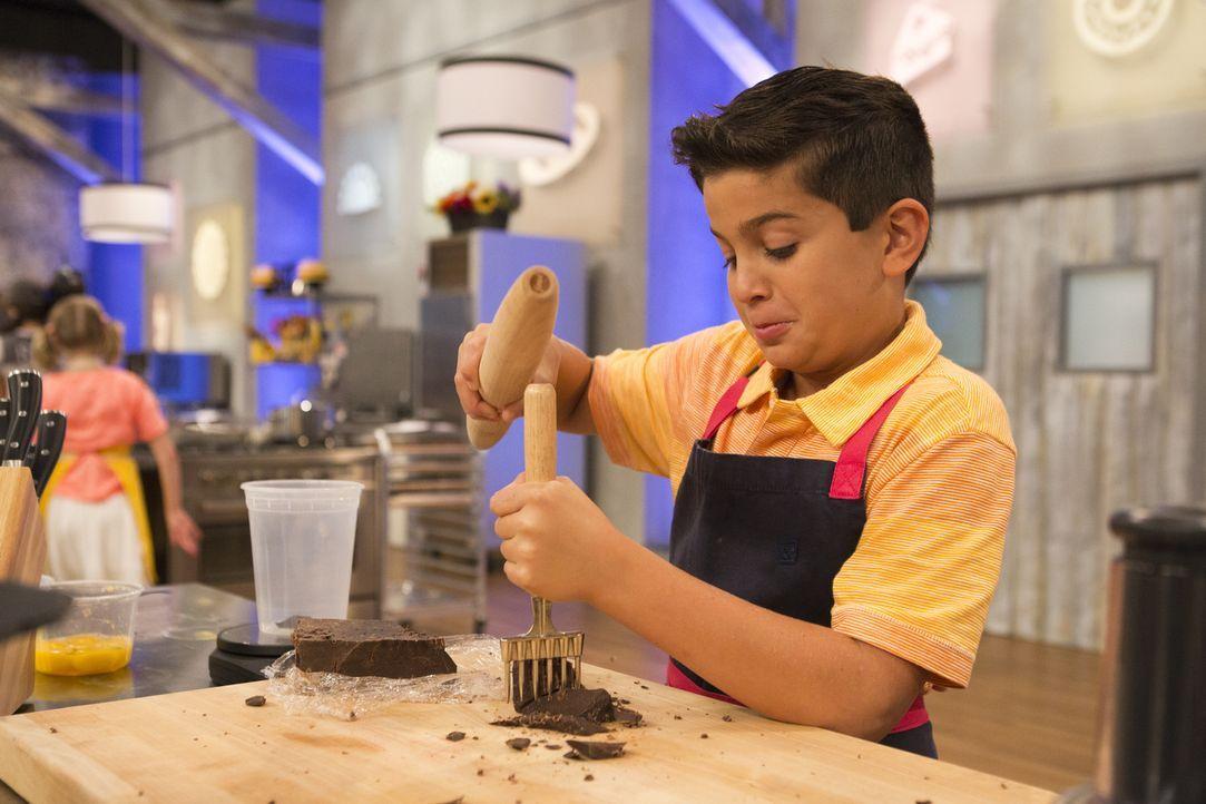 Wird es Matthew gelingen, ein Dessert zu zaubern, dass zwar richtig nach Süßigkeiten schmeckt, aber bei der Jury zu keinem Zuckerschock führt? - Bildquelle: Adam Rose 2015, Television Food Network, G.P.  All Rights Reserved.