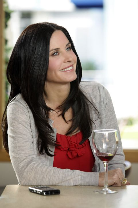Entdeckt zusammen mit Ellie ein neue Wein-Bar: Jules (Courteney Cox) ... - Bildquelle: 2010 ABC INC.
