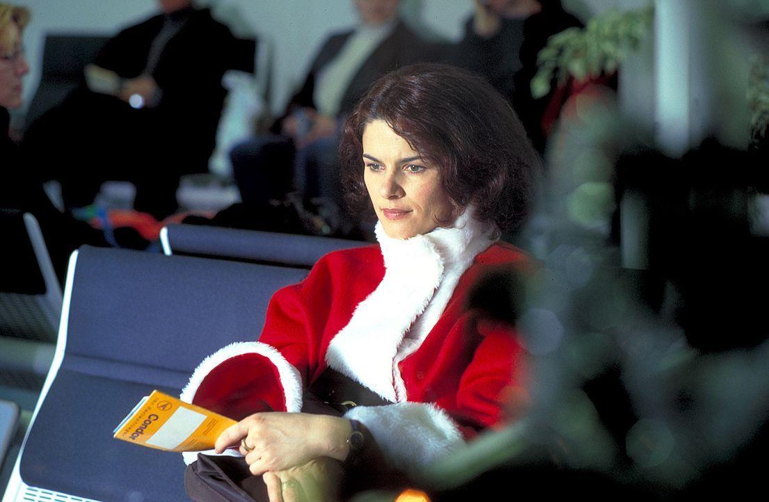 Endlich am Ziel ihrer Wünsche! Doch jetzt hat Charlotte (Barbara Auer) nur noch Lust auf kitschige Weihnachten ... - Bildquelle: ProSieben