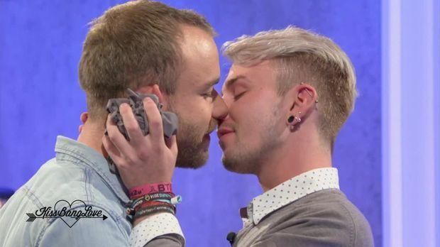 Kiss Bang Love Noch Zusammen