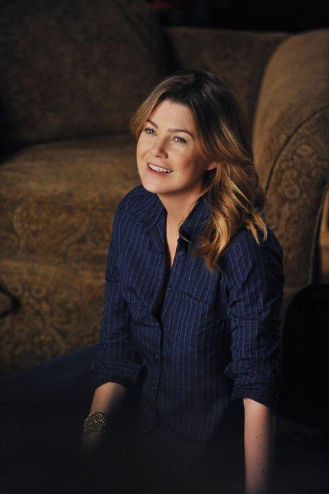Meredith (Ellen Pompeo) versucht Dr. Andrew Perkins dazu zu bringen, sie wieder für Operationen freizugeben, indem sie auf die Tränendrüse drückt, d... - Bildquelle: ABC Studios