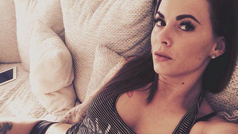 """Der Bachelor 2016""-Star Denise: Für Brust-OP Beim Beauty"