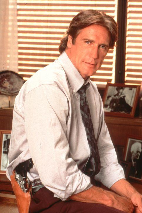 Dr. Mark Sloan arbeitet eng mit seinem Sohn Steve (Barry Van Dyke) zusammen, der Polizist ist. - Bildquelle: Viacom