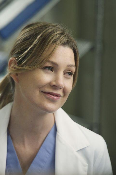 Während sich Meredith (Ellen Pompeo) über eine gute Nachricht freut, bricht plötzlich eine Katastrophe über das Krankenhaus herein ... - Bildquelle: Touchstone Television