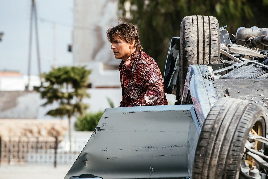 Für Ethan Hunt (Tom Cruise) steht eines fest: Syndikat-Anführer Solomon wird den USB-Stick mit den Daten zur Finanzierung der Untergrundorganisation... - Bildquelle: Christian Black 2015 PARAMOUNT PICTURES. ALL RIGHTS RESERVED.