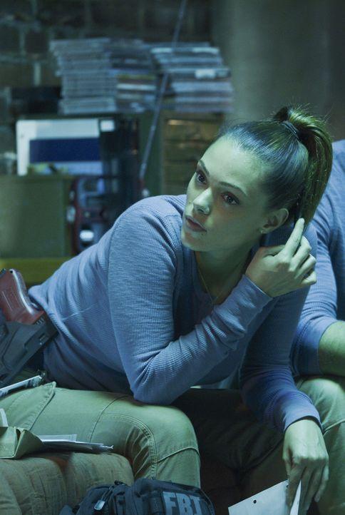 Ist sie vertrauenswürdig - oder hat sie was zu verbergen? Natalie (Anabelle Acosta) ... - Bildquelle: 2015 ABC Studios