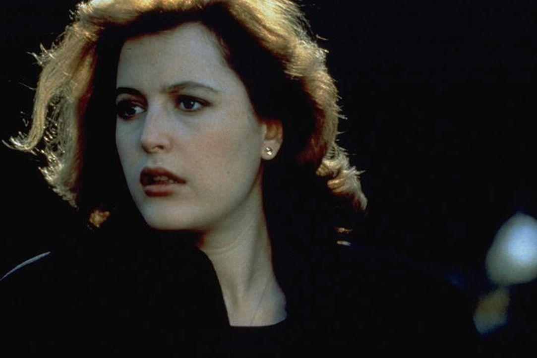 Scully (Gillian Anderson) gerät auf der Suche nach einem Vietnam-Veteran, der seit 24 Jahren nicht geschlafen hat, in arge Bedrängnis ... - Bildquelle: TM +   Twentieth Century Fox Film Corporation. All Rights Reserved.