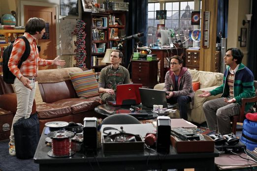 The Big Bang Theory - Planen einen Männerabend: Sheldon (Jim Parsons, 2.v.l.)...