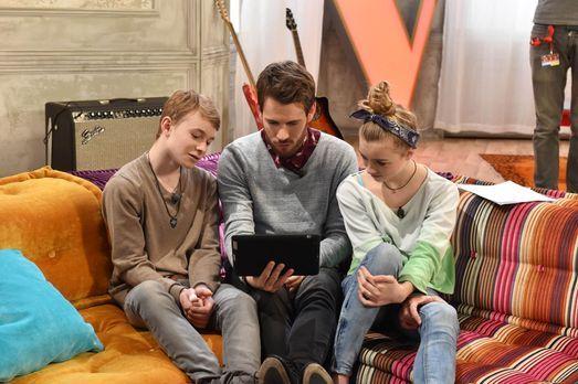 The-Voice-Kids-Stf03-Epi05-19-Tamino-Julie-SAT1-Andre-Kowalski - Bildquelle:...