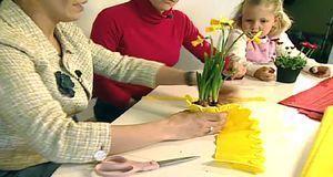 Wer alles farblich einheitlich gestalten möchte, verzichtet auf Vasen für die...