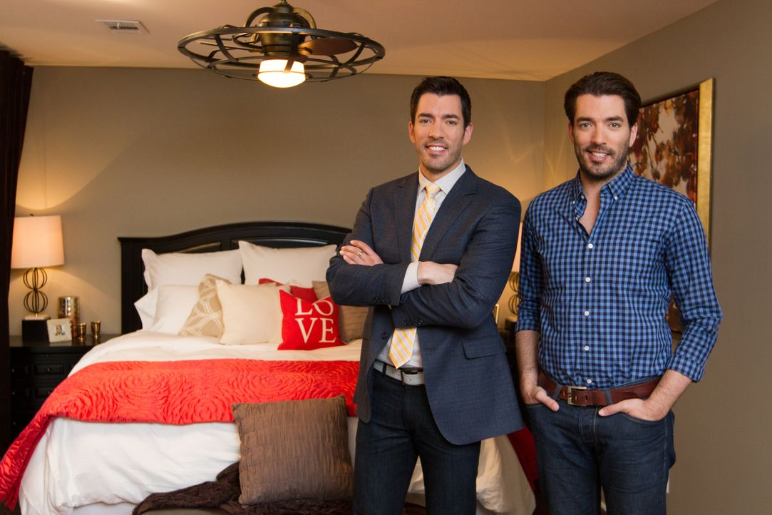 (v.l.n.r.) Drew Scott, Jonathan Scott - Bildquelle: Jessica McGowan 2014, HGTV/Scripps Networks, LLC.  All Rights Reserved/Jessica McGowan/Getty Images