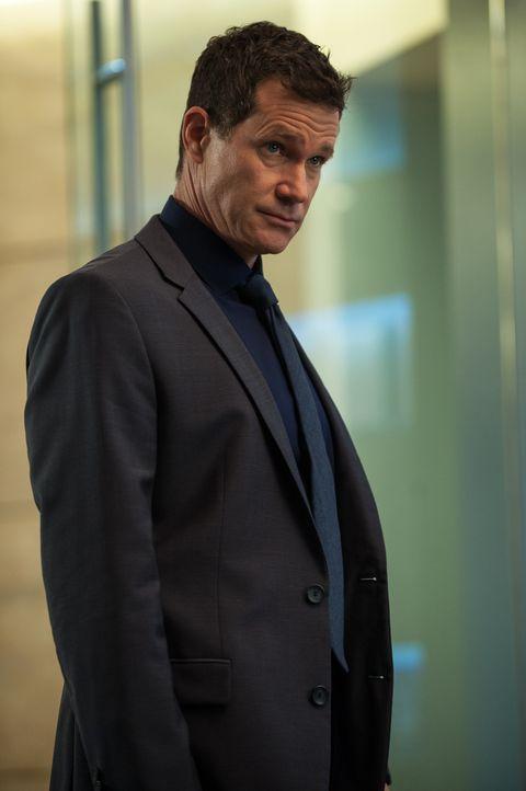 Muss gemeinsam mit seinen Kollegen in einem neuen Fall ermitteln: Al (Dylan Walsh) ... - Bildquelle: 2013 Sony Pictures Television Inc. All Rights Reserved.