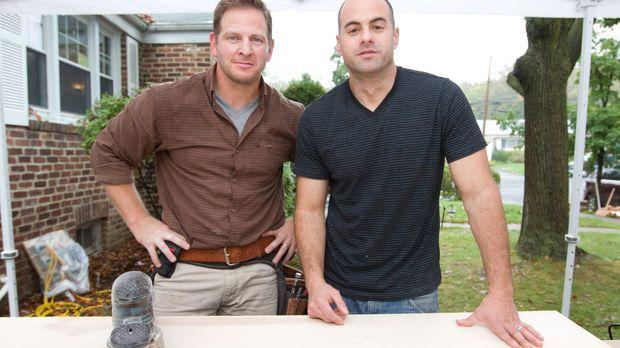 Für Mike Forte (r.) haben sich Jason (l.) und Tony etwas ganz Besonderes ausg...