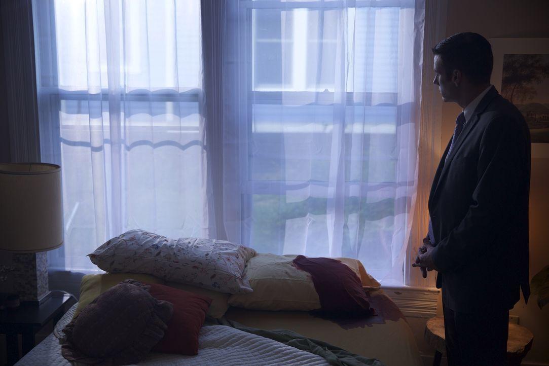 Auf der Suche nach dem Mörder: Eine kryptische Nachricht führt Lieutenant Joe Kenda und sein Ermittlerteam schließlich zu einem luxuriösen Apartment... - Bildquelle: MMXV DISCOVERY COMMUNICATIONS, LLC.