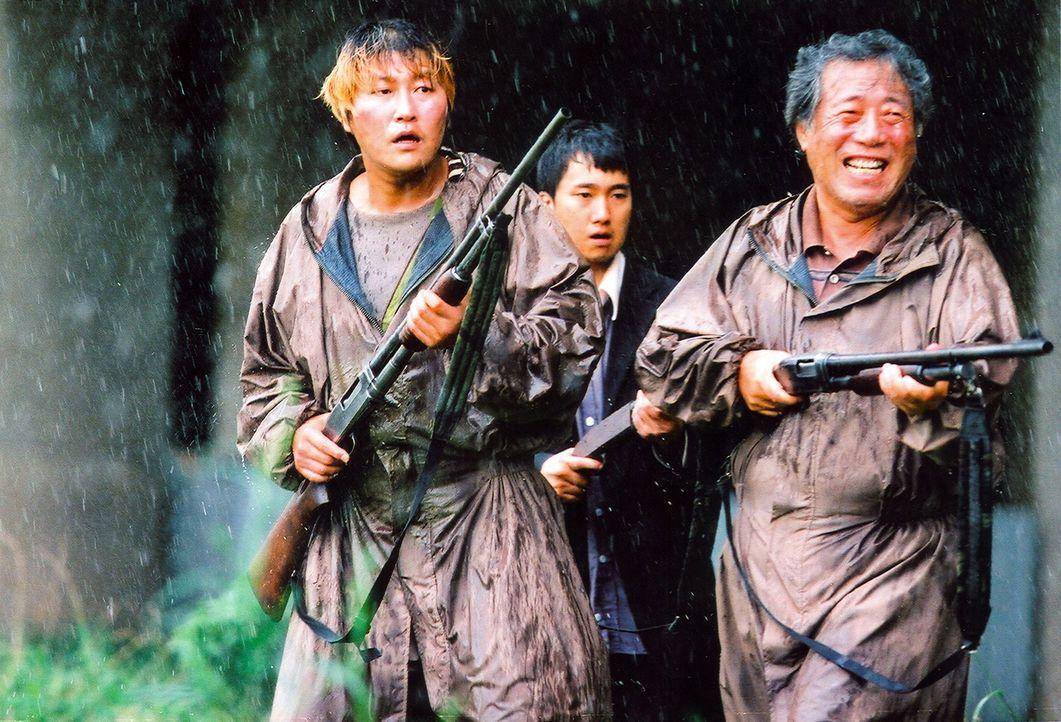 Machen sich auf die Suche nach der kleinen Hyun-seo: die Park-Männer (v.l.n.r.): Kang-ho Song, Hae-il Park, Hie-bong Byeon ... - Bildquelle: MFA