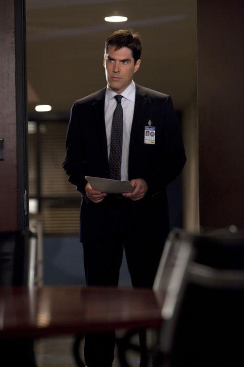 Gemeinsam mit seinem Team, versucht Hotch (Thomas Gibson) einen neuen Fall zu lösen ... - Bildquelle: Touchstone Television