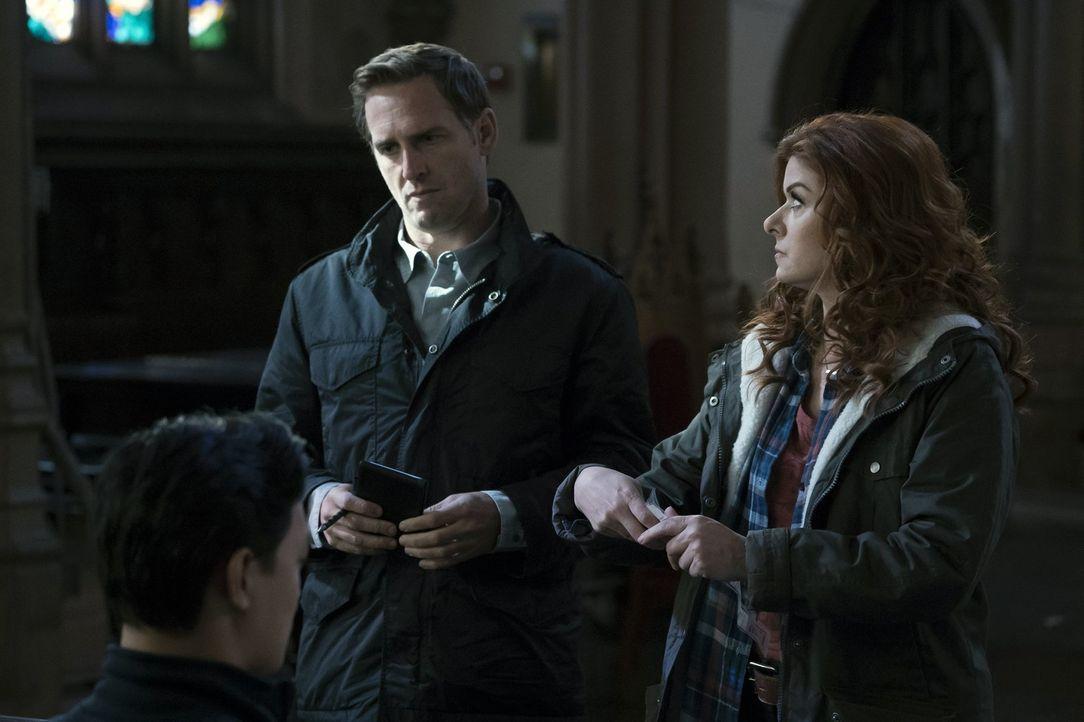 Ermitteln zusammen in einem neuen Fall: Laura (Debra Messing, r.) und Jake (Josh Lucas, l.) - Bildquelle: 2015 Warner Bros. Entertainment, Inc.