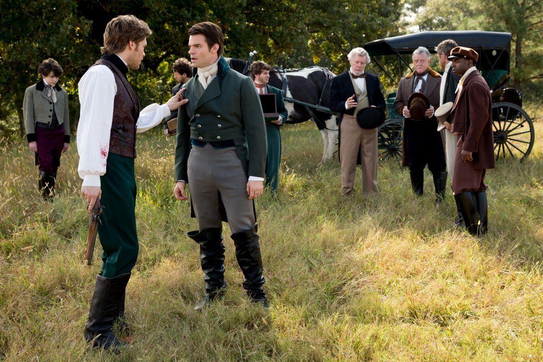 Elijah und Klaus sind schon früher aneinander geraten - Bildquelle: Warner Bros. Entertainment Inc.