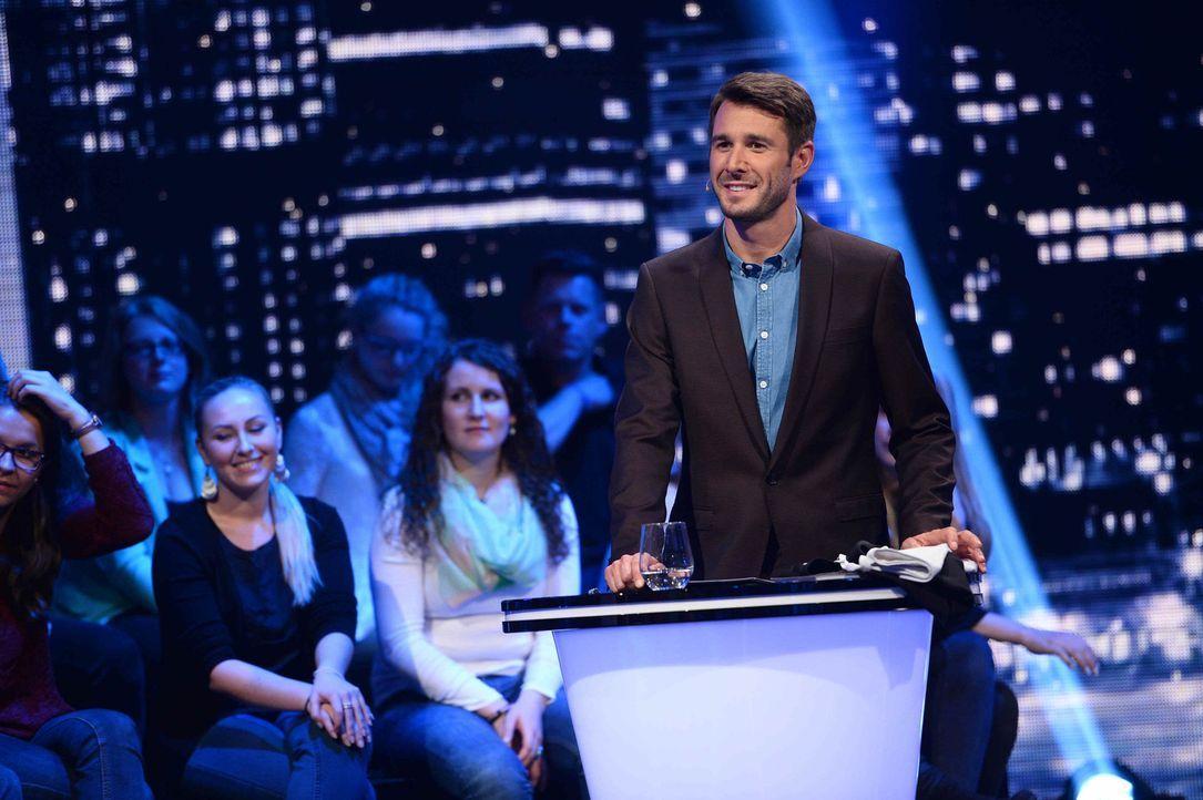 """Jochen Schropp moderiert """"Jetzt wird's schräg"""" ... - Bildquelle: Willi Weber SAT.1/Willi Weber"""