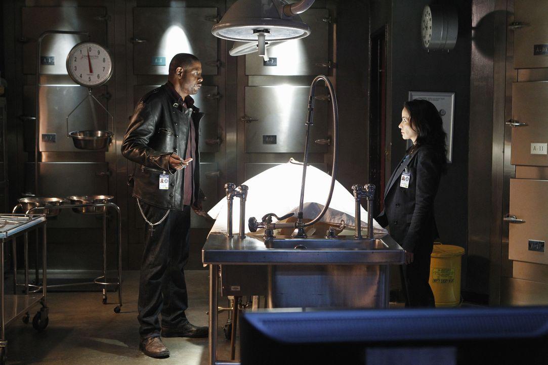 Bei den Ermittlungen in einem neuen Fall: Sam (Forest Whitaker, l.) und Beth (Janeane Garofalo, r.) ... - Bildquelle: ABC Studios