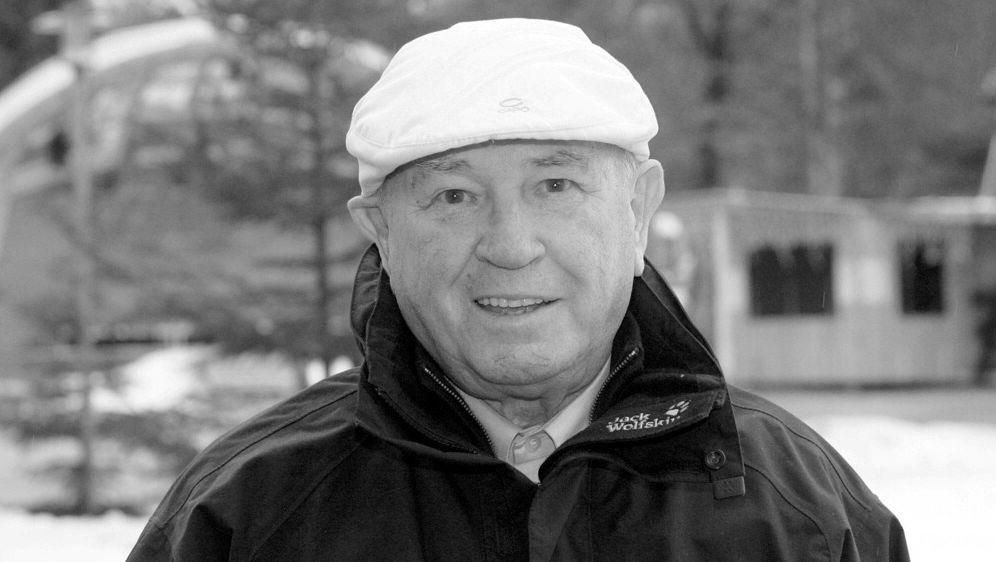 Im Alter von 93 Jahren verstorben: Hans Ostler - Bildquelle: BRIGITTE WALTL-JENSENVIERSCHANZENTOUNEEBRIGITTE WALTL-JENSENVIERSCHANZENTOUNEEBRIGITTE WALTL-JENSENVIERSCHANZENTOUNEE