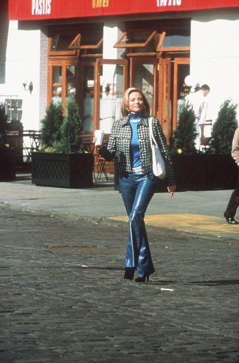 Schließlich rotten sich ihre Nachbarn derart zusammen, dass Samantha (Kim Cattrall) aufgibt und sich eine neue Wohnung sucht. - Bildquelle: Paramount Pictures