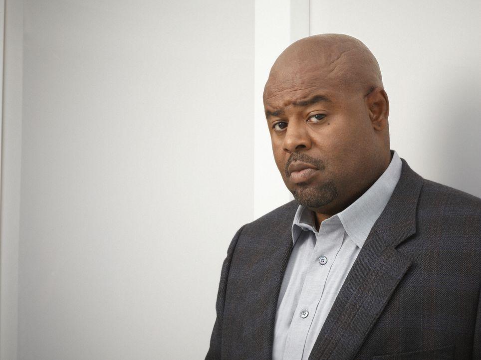(2. Staffel) - Unterstützt Christopher Chance bei seinen Aufträgen: sein Geschäftspartner und ehemaliger Polizist Winston (Chi McBride) ... - Bildquelle: Warner Bros. Television