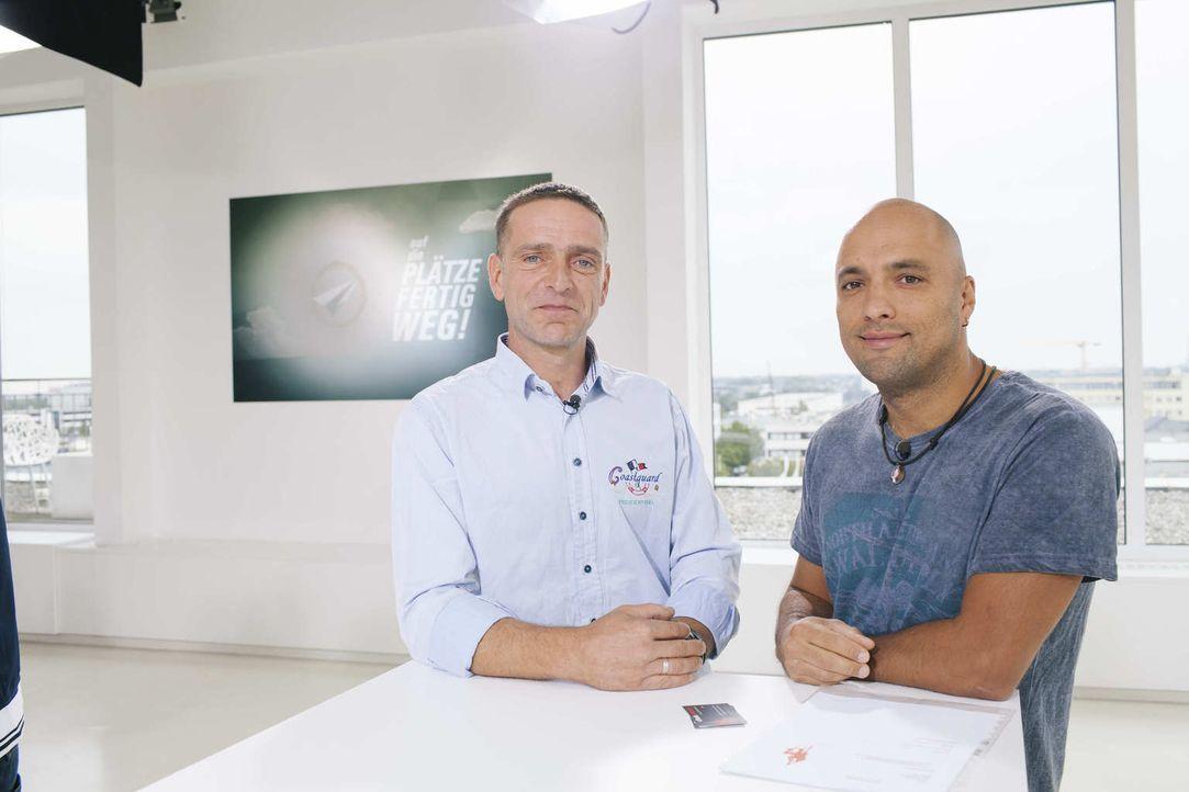 Kämpfen um das Startkapital von 25.000 Euro: Rico (r.) und Tobias (l.) ... - Bildquelle: Stefan Hobmaier kabel eins