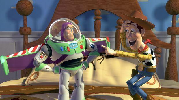 Zum Geburtstag bekommt der kleine Andy eine der supercoolen SpaceRanger-Actio...