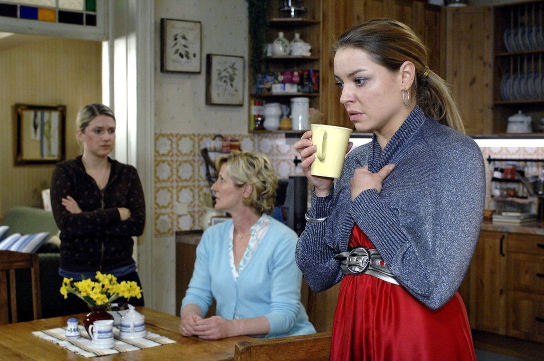 Während Katja (Karolina Lodyga, r.) ihre Aufgewühltheit wegen der Erpressung verbergen kann, muss Anna (Jeanette Biedermann, l.) gegenüber ihrer Mut... - Bildquelle: Oliver Ziebe Sat.1