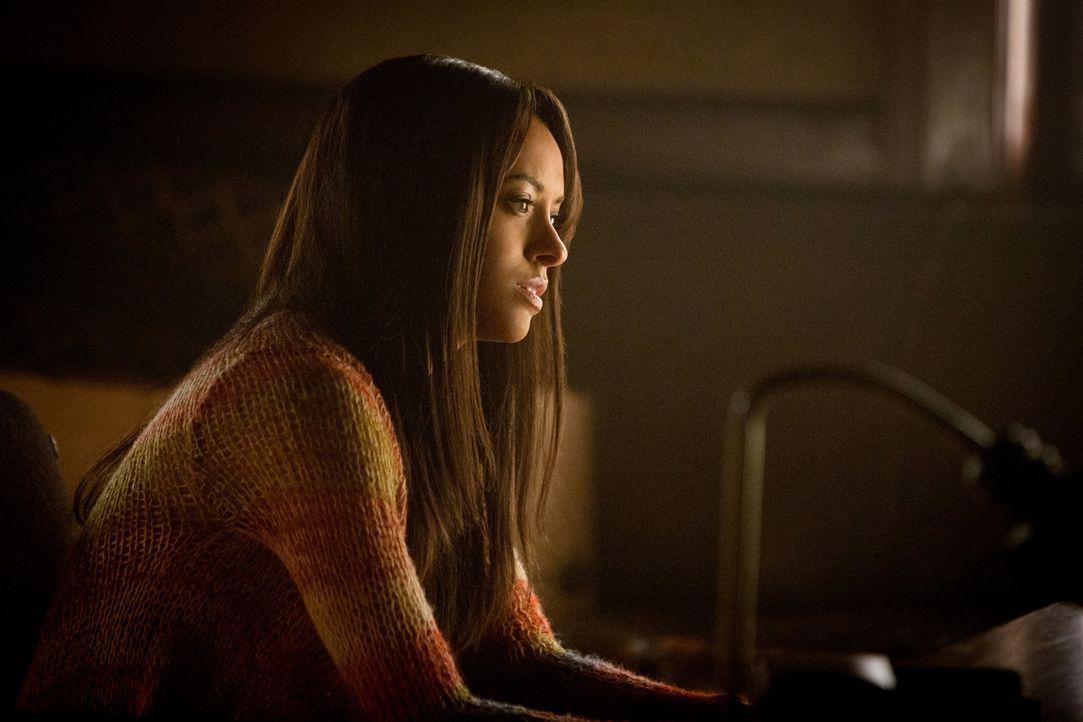 Dass ihre neuen Kräfte aus schwarzer Magie resultieren, erkennt Bonnie (Kat Graham) erst, als sie fast einen Menschen tötet ... - Bildquelle: Warner Brothers