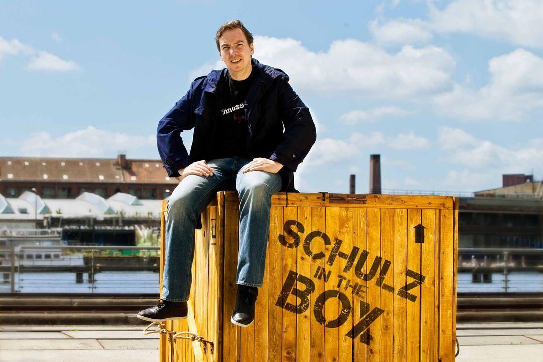 """""""Was wäre, wenn ich einen anderen Lebensweg eingeschlagen hätte?"""" Mit dieser Frage im Gepäck reist Olli Schulz nach Nepal ... - Bildquelle: Richard Hübner ProSieben"""