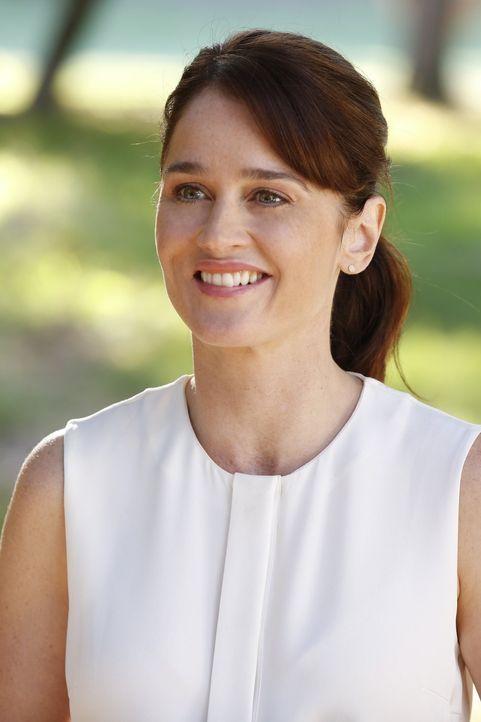 Muss Supervisory Special Agent Dennis Abbott zur Seite stehen: Teresa Lisbon (Robin Tunney) ... - Bildquelle: Warner Bros. Television