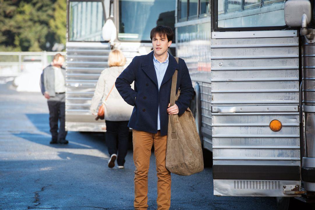 Gavin MacLeod (Theo Devaney) - Bildquelle: Dean Buscher 2016 The CW Network, LLC. All Rights Reserved/Dean Buscher