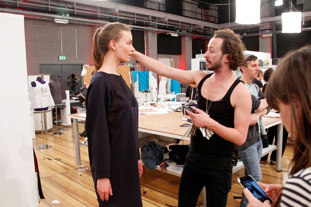 Fashion-Hero-Epi07-Atelier-34-Richard-Huebner