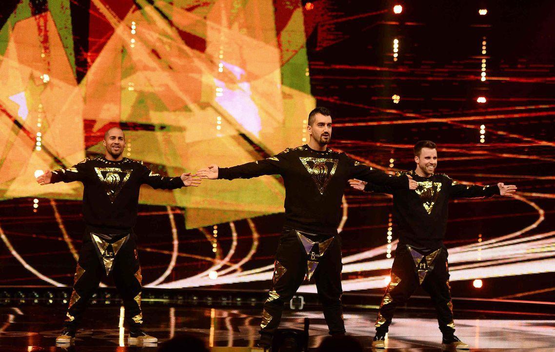 Got-To-Dance-FanatiX-03-SAT1-ProSieben-Willi-Weber - Bildquelle: SAT.1/ProSieben/Willi Weber