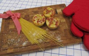 Aus Spaghetti und einer Eier-Speck-Milch zaubert Enie leckere Spaghetti-Carbo...