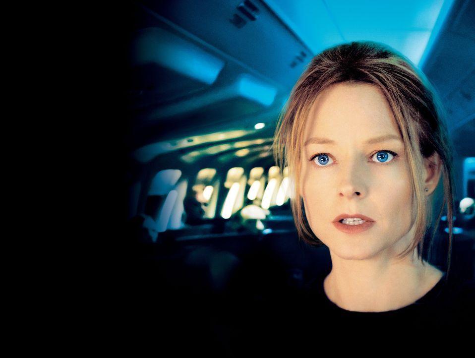 Ihre Nerven liegen blank: Kyle (Jodie Foster) bangt um das Leben ihrer Tochter Julia, die sie im gesamten Flugzeug nicht finden kann ... - Bildquelle: Touchstone Pictures.  All rights reserved