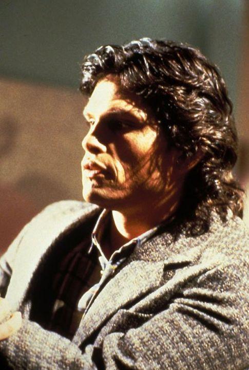 (6. Staffel) - Guy Stafford (Jeff Kober) weiß, wer Kit wirklich ist - und trachtet ihr nach dem Leben ... - Bildquelle: 1986   Warner Brothers