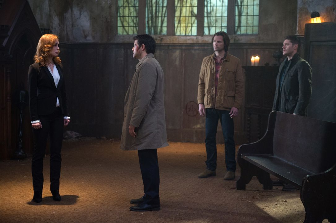 (v.l.n.r.) Lily Sunder (Alicia Witt); Castiel (Misha Collins); Sam (Jared Padalecki); Dean (Jensen Ackles) - Bildquelle: Diyah Pera 2016 The CW Network, LLC. All Rights Reserved/Diyah Pera