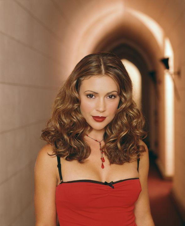 (4. Staffel) - Phoebes (Alyssa Milano) Fähigkeiten sind so beachtlich, dass sie es mit jedem Dämon aufnimmt. - Bildquelle: Paramount Pictures