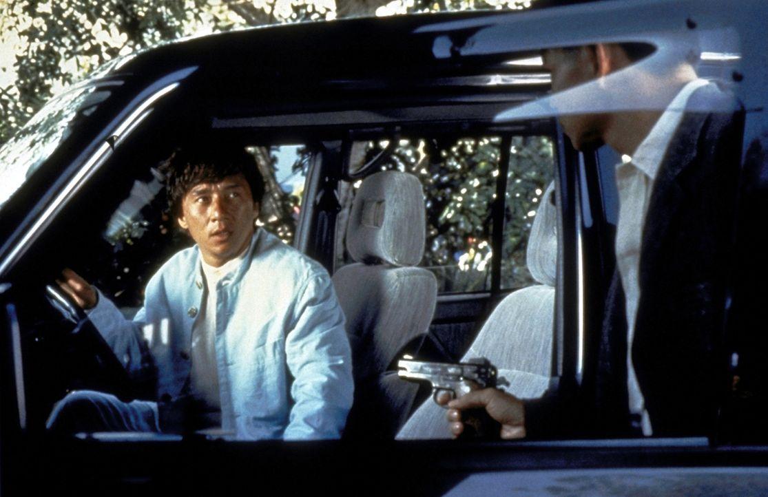 Als höchst versierter Einzelkämpfer nimmt Jackie (Jackie Chan) die Verfolgung auf. Doch seine Gegner machen ihm das Leben schwer ... - Bildquelle: New Line Cinema